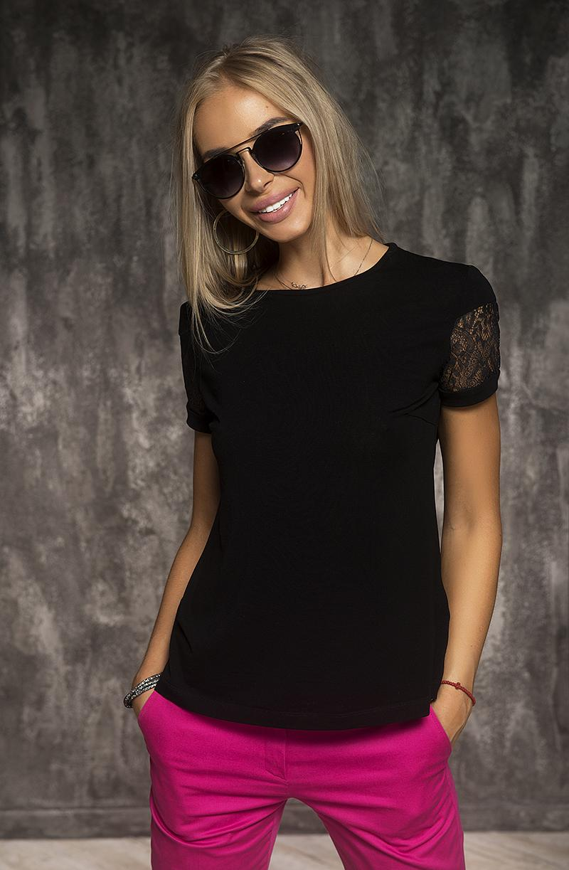 T-Shirt / Black color / French lace